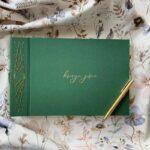 Ręcznie robiona księga gości w formie albumu do wklejania zdjęć