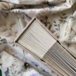 Księga gości w formie albumu w lnianej okładce, zdjęcie z góry