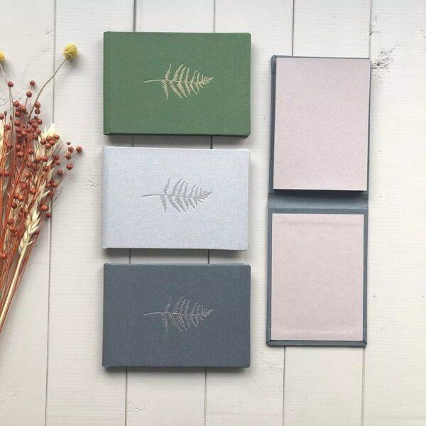 Trzy mini albumy na zdjęcia 10x15 Papierowe Sztuki