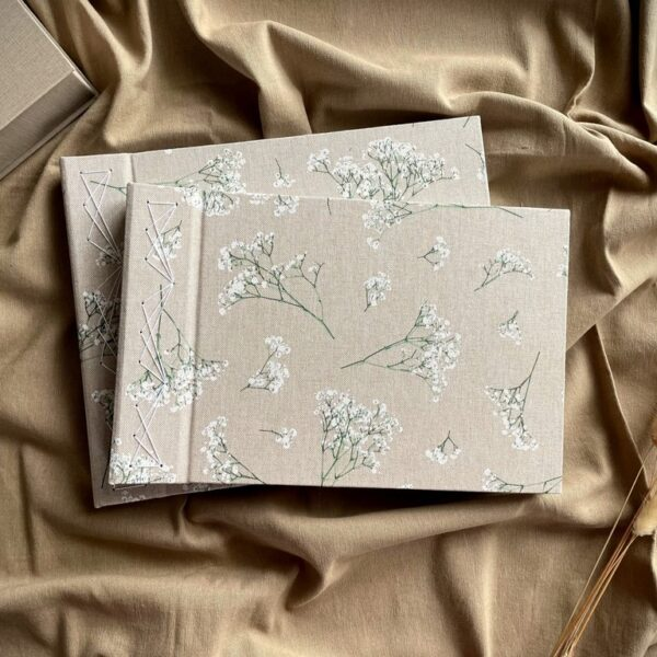 Album na zdjęcia wklejane w kwiatki